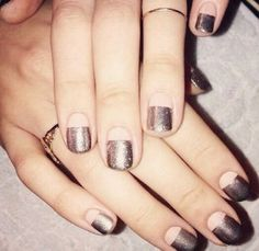 Chrome nails