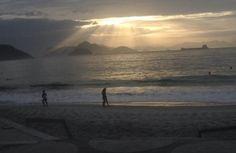 Linda impressão registrada por Juliana Bizzo em Copacabana. Veja: www.portalorio.com.br/copacabana-impressao-de-juliana-bizzo/