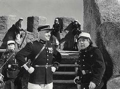 Le film de Wellman n'était pas la première adaptation, ni la dernière. En effet, Herbert Brenon le réalisait en 1926 avec Ronald Colman, Neil Hamilton et ...