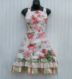Ladies Retro Floral Apron with Ruffles and Pull-up by KozyKitchens
