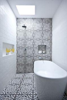 'New York loft' style in Sydney Creative work + shower tub combinationCreative work + shower tub combination House Bathroom, New York Loft, Eclectic Bathroom, Bathroom Design Trends, Small Bathroom, White Moroccan Tile, Yellow Bathroom Tiles, Bathroom Decor, Loft Style