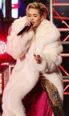 miley cyrus performs at New Years Rockin Eve 2014