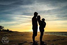 Uma ótima quinta-feira para você! Tem dias que somos brindados com um lindo céu...   #leandromarinofotografia #registrandomomentos #capturandoemocoes #instadaily #bestoftheday #picoftheday #photooftheday #fotododia #colors #lightslover #sunrise #couples #portrait #portraits #retratos #retrato #seaview #beach #fotografia #fotografiadefamilia #rio #ensaio #ensaiofotografico #sessaofotografica #sessaofotos #sessaofotograficarj #babyphotography #baby #instalike #instapic #instababy #instafamily…