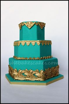 Square Aqua Wedding Cakes: Aqua square chocolate shard wedding cake elisabeth s cakes. White and turquoise wedding cakes. Beautiful Wedding Cakes, Beautiful Cakes, Amazing Cakes, Cupcakes, Cupcake Cakes, Princess Jasmine Cake, Aladdin Cake, Aladdin Party, Aladdin Et Jasmine
