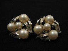 Vintage Star Gold Tone and White Faux Pearl Swirled Clip by ditbge, $7.50