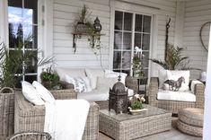 Tuscan design – Mediterranean Home Decor Quirky Home Decor, Indian Home Decor, Easy Home Decor, Outdoor Dining, Outdoor Spaces, Outdoor Decor, Scandinavian Garden, Porch And Balcony, Decor Logo