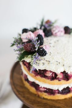 naked cake with berry topping