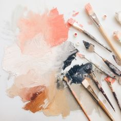 Paint brushes symbolise the occupation of art. Drawing or painting gives me the creative freedom to create whatever I wanted allows me to clear my mind. Ouvrages D'art, Art Design, Graphic Design, Logo Design, Oeuvre D'art, Color Inspiration, Wedding Inspiration, Art Inspo, Art Photography