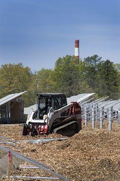 Solar farms. http://how-to-build-solar-panels.us/solar-farms.html Construction of the Long Island Solar Farm