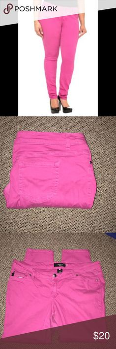 🎄On Wednesday we wear Pink🎄 🚂 don't own anything pink? now is your chance to brighten up your closet with these awesome jeans. These jeans still have a lot of life to give. The flash makes everything look worse. 🚂 posted 11/30/17 torrid Jeans Skinny