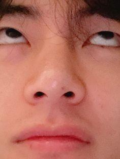 Tae bts v Taehyung weverse Seokjin, Hoseok, Namjoon, Foto Bts, Taekook, Bts K Pop, Stiefvater, V Bts Cute, V Bts Wallpaper