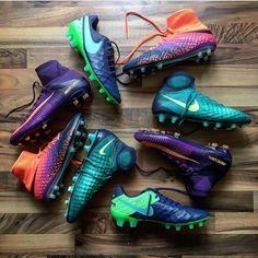 Who here is a fan of the Nike Floodlights Pack? @bootsblog