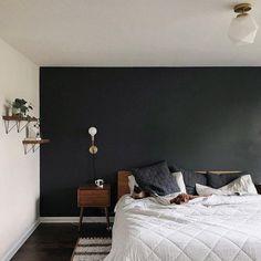 Bedroom Black, Modern Bedroom, Dark Bedroom Walls, Charcoal Bedroom, Black Bedrooms, Dark Gray Walls, Dark Romantic Bedroom, Dark Cozy Bedroom, Black Painted Walls