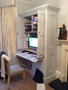 Painted workstation , pull out desk, fold away doors #workstation #fitted furniture #desk