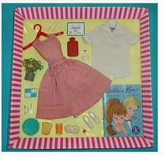 vintage Barbie  This is howBarbie's  clothes used to come.  Very well made, with dressmaker details, all for 1.98 or 2.98. Play Barbie, Barbie And Ken, Barbie Dream, Barbie I, Barbie World, Barbie Stuff, Vintage Barbie Clothes, Vintage Dolls, Doll Wardrobe