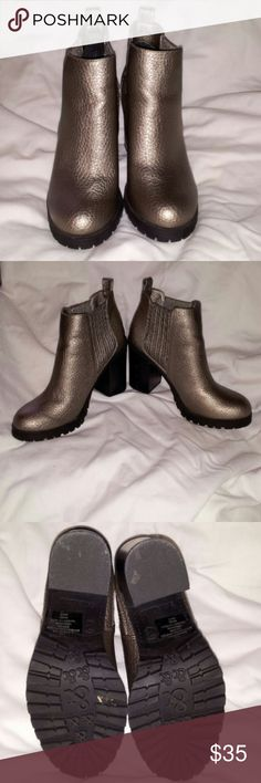 Sam & Libby Deanna Booties Metallic Pewter Ankle Booties 3.5inch Chunky Heel Round toe On back of left heel is scuffed a little as shown in.picture Good preowned condition Sam & Libby Shoes Ankle Boots & Booties