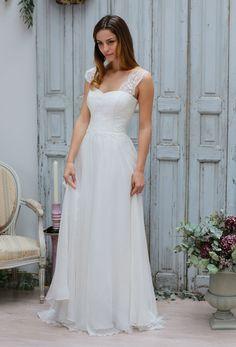 Ivory Sleeveless Lace Shoulder Strap A-line Long Chiffon Vintage Wedding Dress