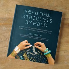 We Dream in Colour Diy Bracelet, Bracelets, Project Yourself, Nightstand, Design Art, Magazines, Diy Projects, Colour, Gift Ideas