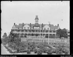 Wahroonga Sanitarium,in the Upper North Shore of Sydney in from National Library of Australia. Modern Pictures, Old Pictures, Old Photos, Local History, Family History, Sydney City, Historical Images, Amazing Pics, The Good Old Days