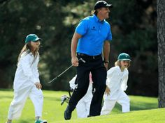 Golf legend Phil Mickelson plans to attend his daughter's graduation and miss next week's playing of the 117th U.S. Open at Erin Hills.