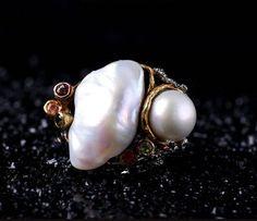 925シルバー natural  Baroque pearls Ring  Tourmaline  lapis lazuli(Etsy のmikaincより) https://www.etsy.com/jp/listing/573501260/925shirub-natural-baroque-pearls-ring