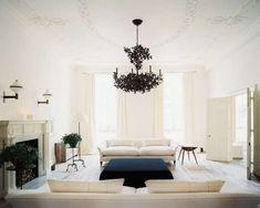 Arredare una casa con i soffitti alti - Lampadario nero