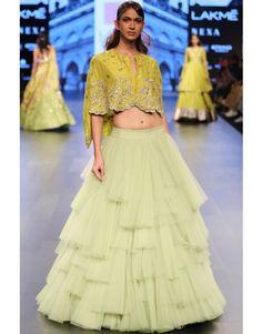 Anushree Re ddy Indian Wedding Wear, Indian Wear, Indian Dresses, Indian Outfits, Carnival Dress, Half Saree Lehenga, Kurta Patterns, Bridal Lehenga Collection, Lehenga Designs