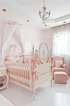 Baby Nursery Decor, Baby Bedroom, Baby Decor, Nursery Room, Girls Bedroom, Girl Nursery, Pinterest Baby, Princess Nursery, Baby Room Neutral