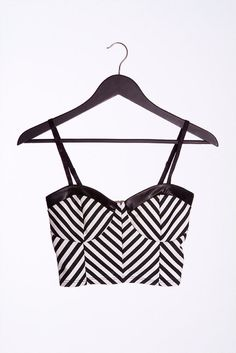 Color: White/Dark Green/Black Size: Small, Medium, Large Product Detail +Dark green and white stripes print stretchy bustier with shaped cups +Solid black faux leather binding finish +Adjustable shoul