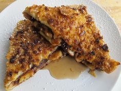 A must for the morning after. Chocoholic: Crunchy Stuffed Nutella and Banana French Toast
