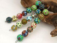 "Polymer Clay  Perlen  Unikate "" Wald "" 17mm Mil... von filigran-Design   auf DaWanda.com handmade big beads for necklace, earring, bracelet, fimoperlen millefiori, polimerica, wood, forrest, autum"