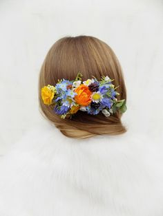 Out of artificial, silk flowers. Wedding Hair Flowers, Flowers In Hair, Silk Flowers, Spring Flowers, Bright Wedding Colors, Summer Wedding Colors, Bright Flowers, Flower Hair Accessories, Handmade Wedding