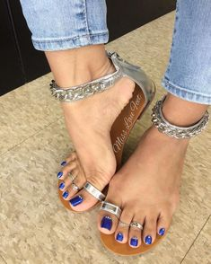 Image may contain: 1 person, shoes Toe Loop Sandals, Sexy Sandals, Bare Foot Sandals, Pretty Sandals, Nice Toes, Pretty Toes, Feet Soles, Women's Feet, Foot Pics