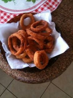 Copycat Burger King Onion Rings from Food.com:   A very simple and easy way to make Burger King Onion Rings at home. It does take a little getting used to, but once you get the hang of it, it's pretty easy.  Vegetable shortening is best, but you may use vegetable oil if desired.  Cooking times and servings are a guess.  From TopSecretRecipes.com