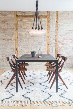 Diningroom via sonomaseven.dk --- http://sonomaseven.dk/dining-table-rug/ --- west elm rug / leonne cuppen lighting / arne hovmand-olsen chairs / byThorup table