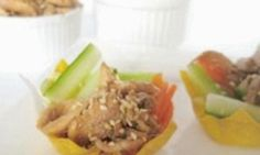 A kid-friendly meal idea that uses wonton wrappers baked in muffin trays as cups for holding chicken and veggies. Let the kids build their own meal and watch them wolf down their Asian-inspired creations. Healthy Meals For Kids, Kids Meals, Easy Meals, Healthy Recipes, Fussy Eaters, Picky Eaters, Wonton Cups, Chicken Wontons, Toddler Meals