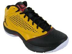 reputable site 608b9 2a6dc Amazon.com  Nike Air Jordan Wade D Reign Mens Basketball Shoes 510859-702   Shoes