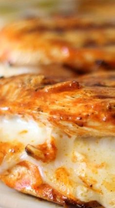 Cheesy Buffalo Chicken Breasts. 161 cal ea. Low carb, one true fyel source #THM #Smeal
