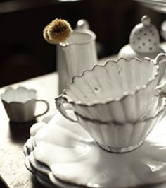 Astier de Villatte omg I want these divine scalloped teacups they're fairy enchanted perfection!
