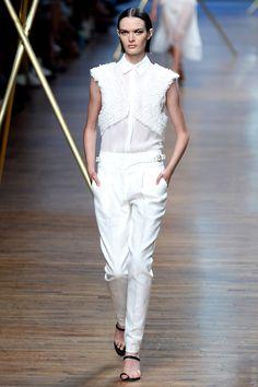 Jason Wu Spring 2014 RTW - Runway Photos - Fashion Week - Runway, Fashion Shows and Collections - Vogue