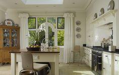 Hearth. Edwardian Rectory - Handmade Kitchens | Traditional Kitchens | Bespoke Kitchens | Painted Kitchens | Classic Kitchens