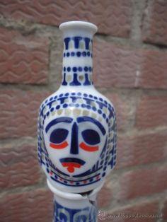 Botella de cerámica de Sargadelos.
