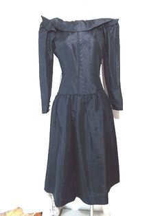 Party Dress Size Small Black Taffeta Vintage 80s Ruffle Cocktail Halston Formal  #Halston