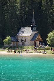 lago di Braies, Bolzano, Italy