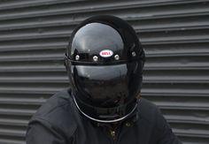 Bell Bullit - Gloss black with black smoke bubble shield