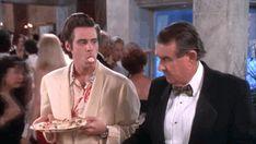 Jim Carrey's Best Facial Expressions Of The Jim Carrey Funny, Ace, Funny Cute, Jim Carey Funny, Ace Ventura, Bones Funny, Laugh, Funny Gif, Jim Carrey