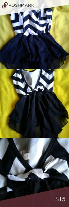 BLACK/WHITE SUMMER TOP SIZE SMALL NWOT KNOCK EM DEAD IN THIS SEXY LITTLE NUMBER V BACK WITH BOW AND SHEER CHIFFON BOTTOM FOR FEMININITY Tops Blouses