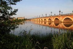 Le Pont de Pierre, Bordeaux, France