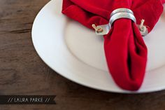 rustic napkin ring via @lauraparke