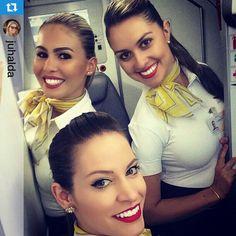 Passaredo Airlines Stewardess Crewfie @voepassaredo